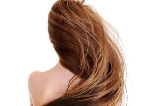 Cách chữa tóc khô chẻ ngọn cực đơn giản tại nhà