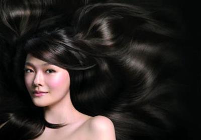 Cách trị tóc khô xơ bằng dầu dừa