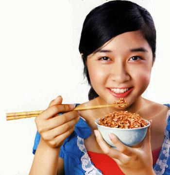 Cách giảm cân bằng gạo lứt muối mè cực hiệu quả