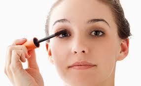Cách chải mascara tự nhiên, quyến rũ và lâu trôi