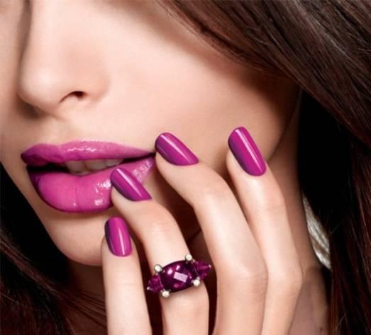 Cách chọn màu sơn móng tay phù hợp với màu da, độ tuổi