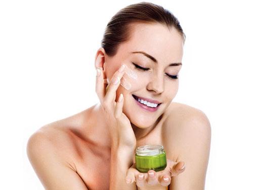 cách chăm sóc da mặt bị mụn đầu đen