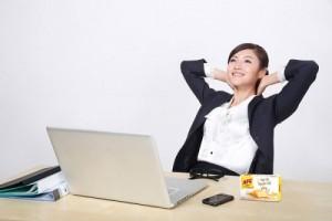 Cách chăm sóc da cho dân văn phòng giúp da trắng mịn