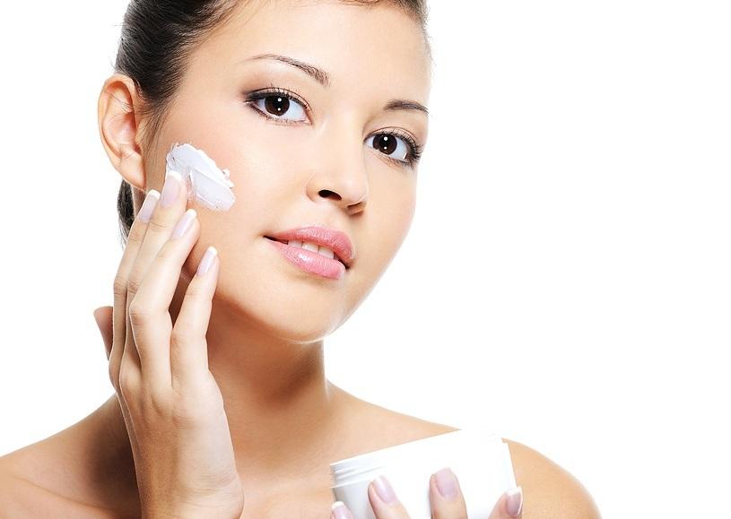 Hướng dẫn chọn mua mỹ phẩm trị nám da tốt nên chọn kem trị námtheo lời hướng dẫn của bác sĩ, các hãng mỹ phẩm nổi tiếng chất lượng, uy tín, nên kết hợp kem chống nắng để hiệu quả cao nhất