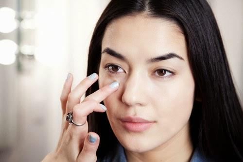 Cách điều trị nhăn vùng mắt hiệu quả nhất tại nhà