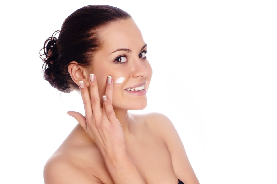 Cách dưỡng ẩm cho da mặt vào mùa đông chống khô da