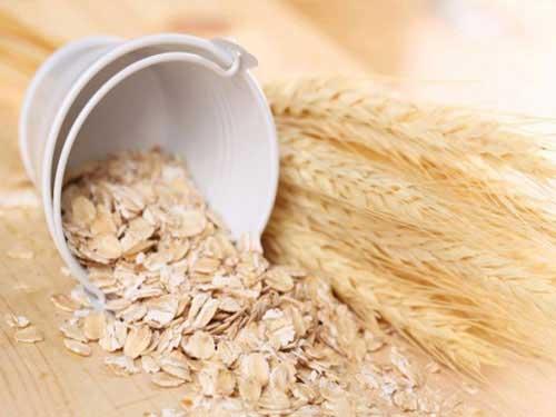 Cách dùng bột yến mạch trị mụn hiệu quả nhanh tại nhà