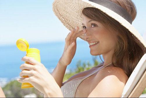 Kem chống nắng neutrogena dành cho da mụn