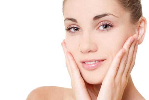 Cách sử dụng tinh dầu cho da mặt trắng da, không nhờn